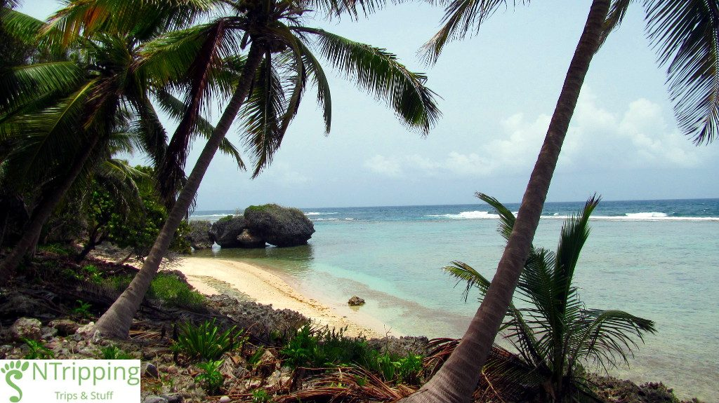 playa-fronton-secluded-beaches-dominican-republic