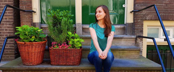 Блиц-интервю: Евелина от Little Big Traveler