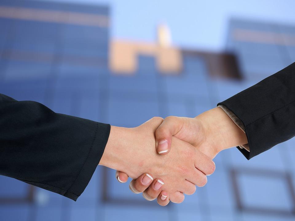 handshake-3298455_960_720
